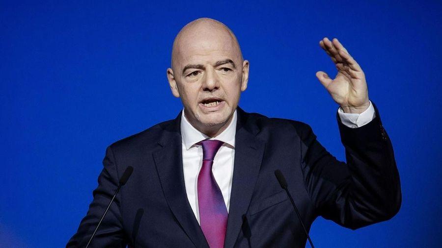 Chủ tịch FIFA cảnh báo Super League 'coi chừng hậu quả'