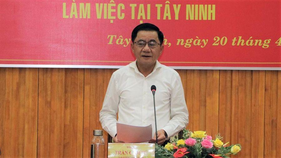 Chủ nhiệm Ủy ban Kiểm tra T.Ư Trần Cẩm Tú kiểm tra công tác bầu cử tại Tây Ninh