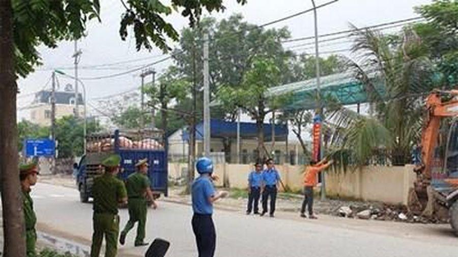 Hà Nội: Giải tỏa hơn 900 trường hợp vi phạm hành lang an toàn giao thông