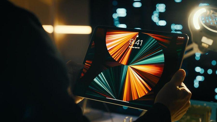iPad Pro 2021 chính thức ra mắt: Màn hình mini-LED, chip M1, nhanh hơn gấp 1500 so với iPad 2010