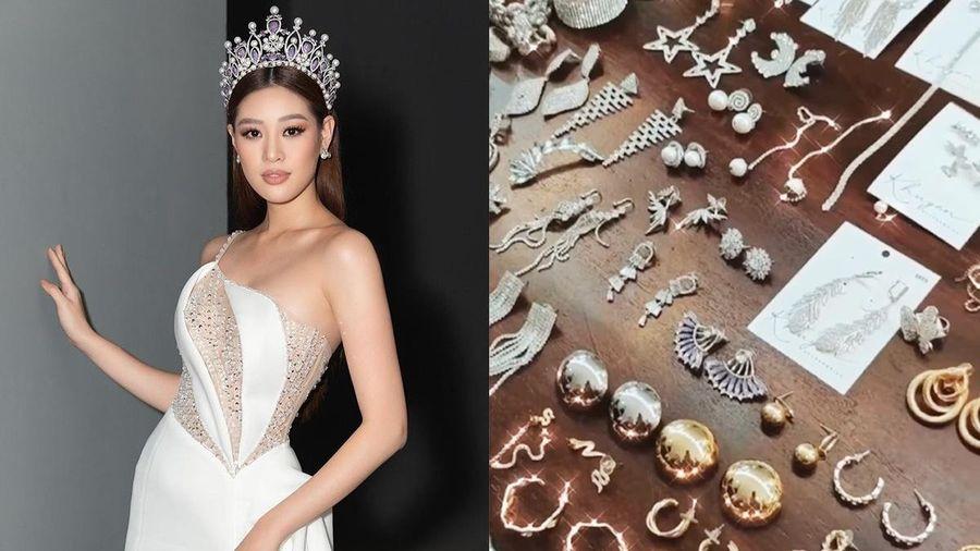 Khánh Vân mang nhiều quần áo, trang sức đi thi Miss Universe