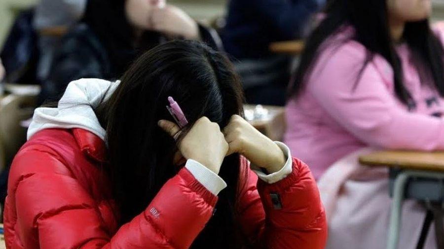 Giới trẻ Hàn chịu áp lực nặng nề từ đại dịch