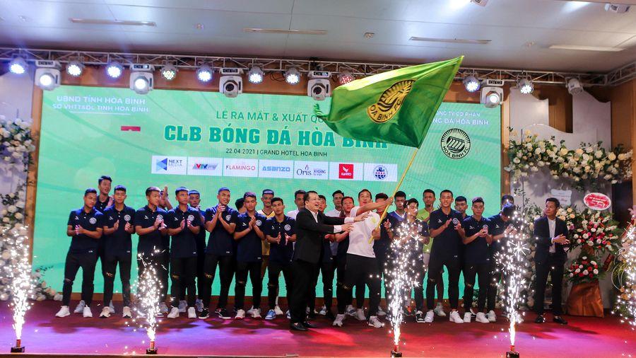 Tỉnh Hòa Bình ra mắt CLB hạng Nhì