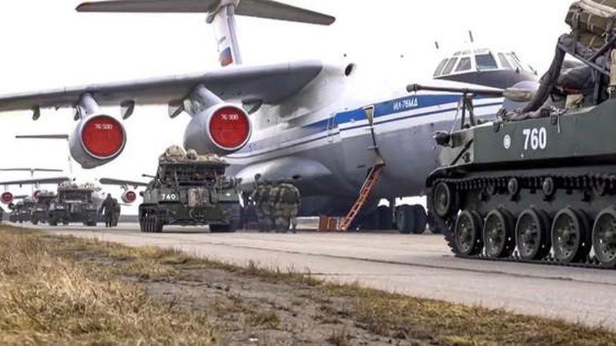 Nga bất ngờ rút quân khỏi khu vực giáp biên giới Ukraine
