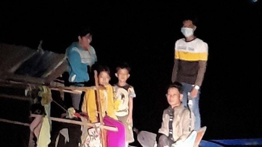 An Giang: Ngăn chặn kịp thời 12 người chuẩn bị nhập cảnh trái phép