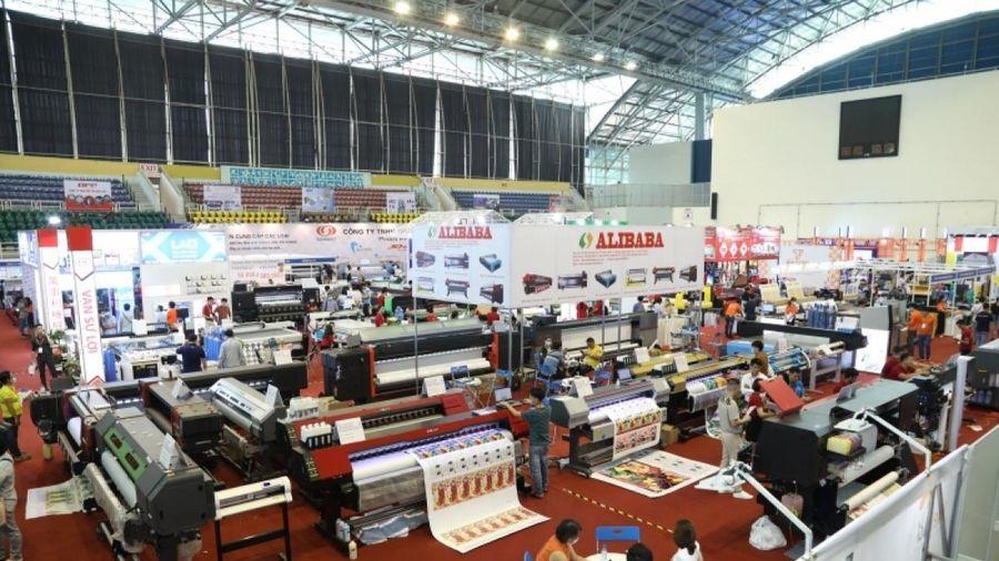 Hàng loạt thiết bị, công nghệ in, quảng cáo hiện đại xuất hiện tại Triển lãm VietAd 2021