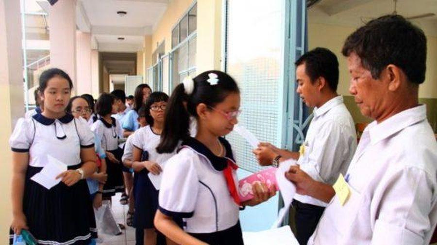 UBND thành phố Hà Nội chưa có quyết định dừng tuyển sinh chương trình song bằng