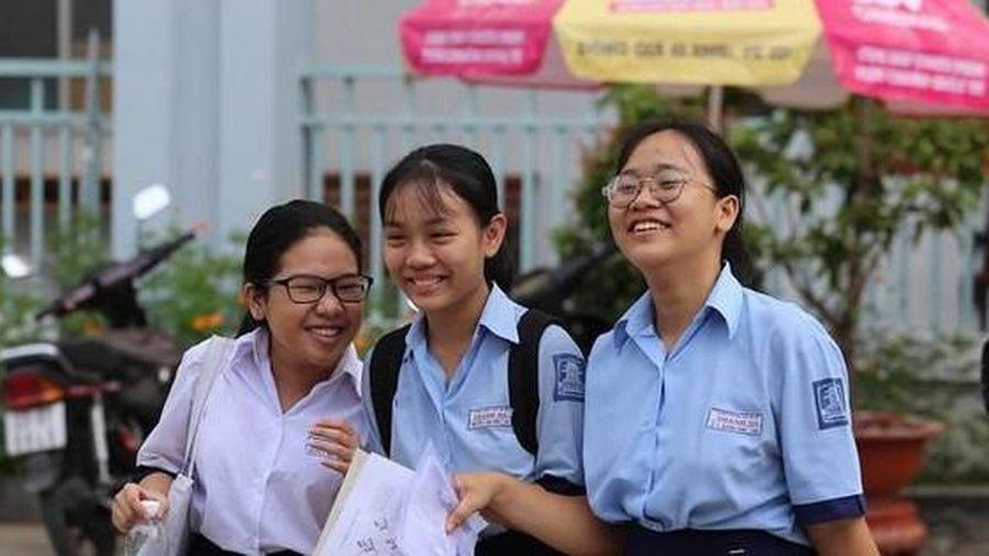 Tuyển sinh lớp 10 TP.HCM: Hơn 31% học sinh sẽ không có chỗ trong các trường THPT công lập