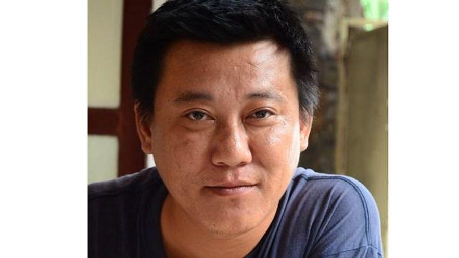 Họa sĩ Lương Lưu Biên: Nghệ thuật có thể chữa được trầm cảm