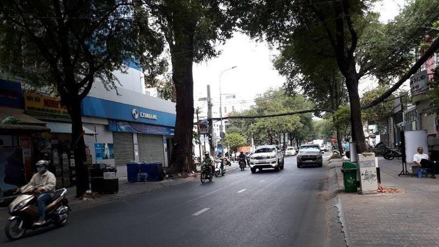 Xe tải, container chú ý khi đi đường Nguyễn Du, Võ Văn Tần