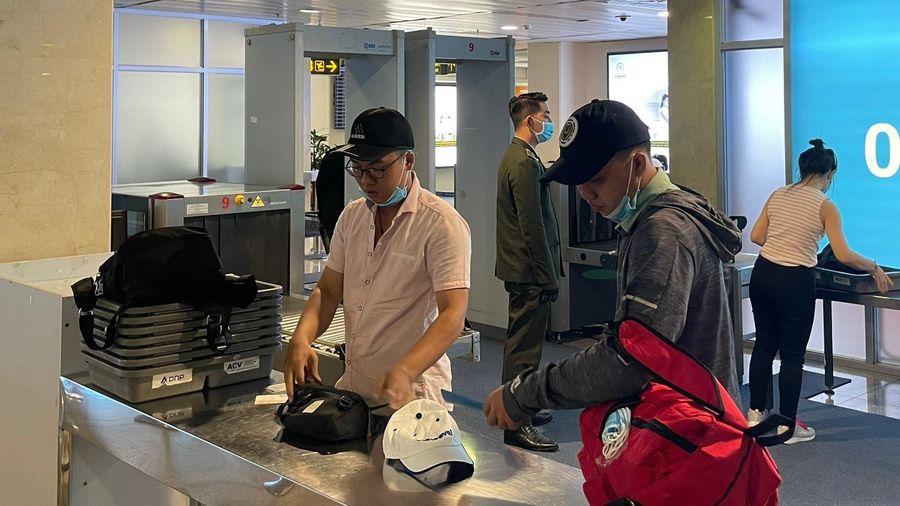 Sảnh A sân bay Tân Sơn Nhất thêm 5 máy soi chiếu an ninh