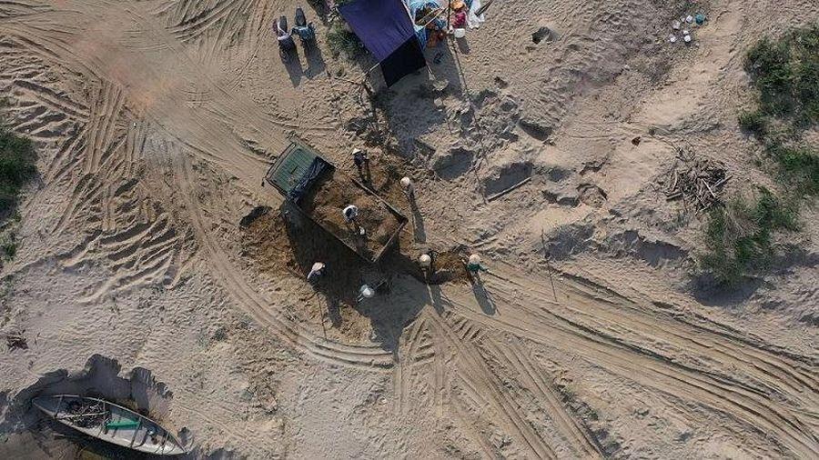 Quảng Ngãi: Dẹp loạn 'cát tặc', giá cát tăng gấp đôi so với trước