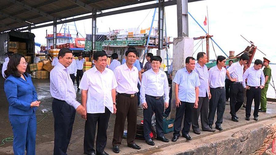 Bộ trưởng Nguyễn Chí Dũng thăm và làm việc tại Sóc Trăng