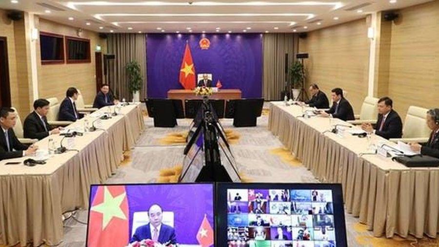 Chủ tịch nước Nguyễn Xuân Phúc: Chuyển đổi sang nền kinh tế xanh phát thải bằng 0 là xu thế tất yếu