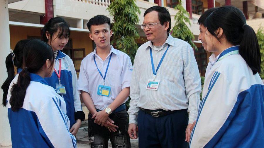 Bắc Giang có thêm 7 thầy, cô được phong tặng danh hiệu Nhà giáo Ưu tú