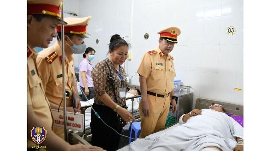 Truy tìm lái xe gây thương tích khiến thượng úy cảnh sát nhập viện