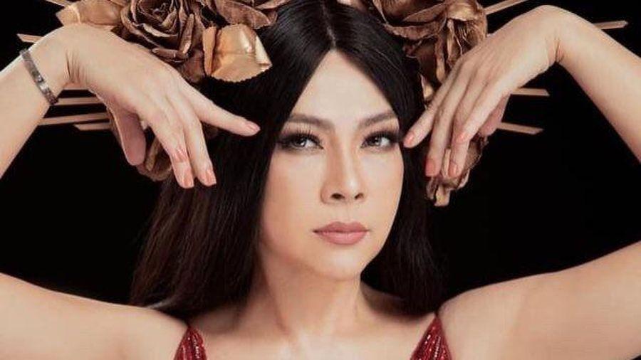 Ca sĩ Thanh Thảo đăng tải bộ ảnh mới báo hiệu sự quay trở lại showbiz Việt