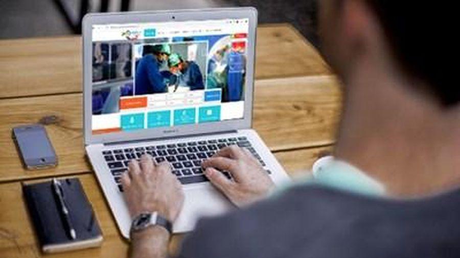 Người bệnh có thể đặt lịch khám, chữa bệnh trực tuyến