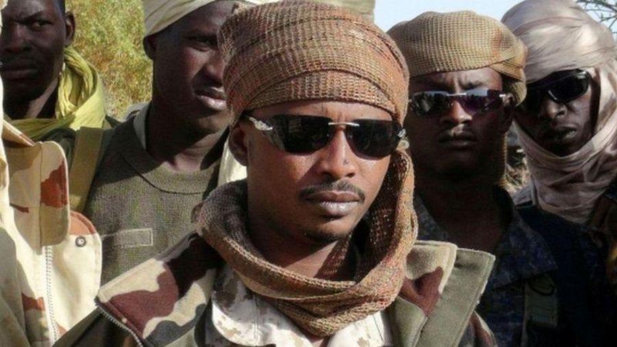 Chad: Pháp ủng hộ con trai tổng thống đứng đầu chính quyền chuyển tiếp