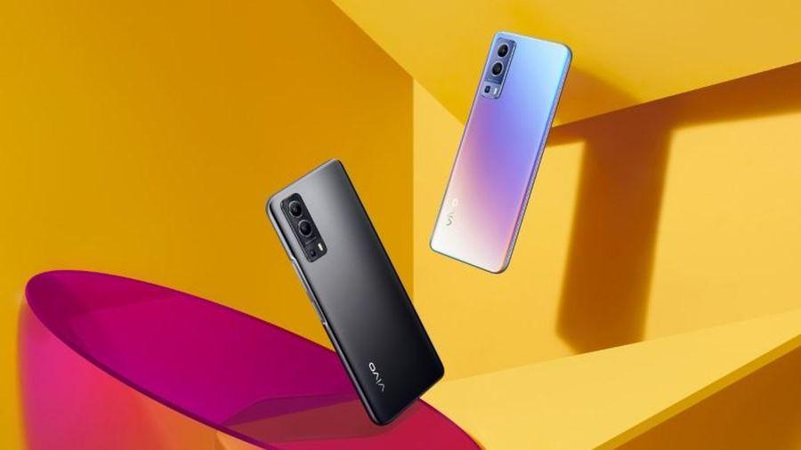 Vivo Y72 5G với RAM 8 GB, pin 5.000 mAh chốt giá 7,99 triệu đồng tại Việt Nam