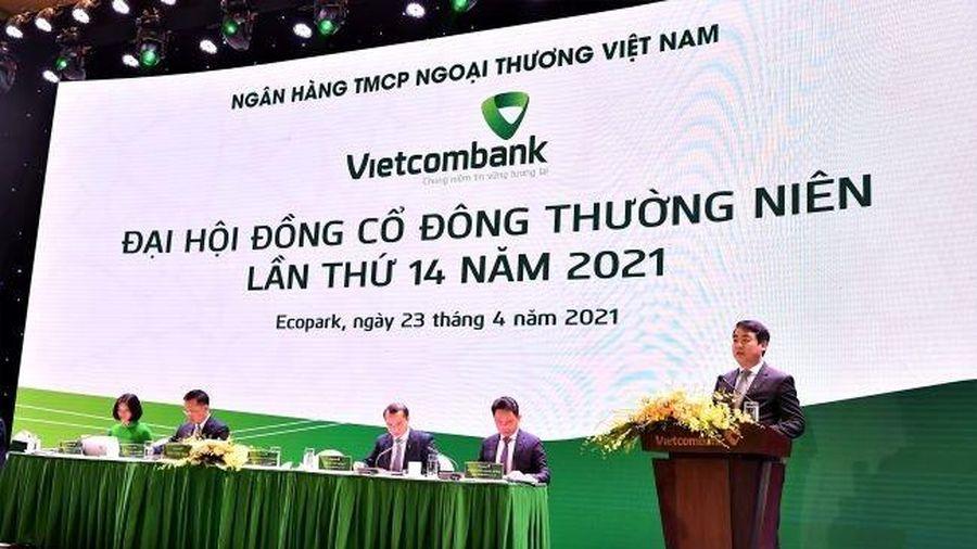 Vietcombank 2021 báo lãi khủng, tăng 70% so với cùng kỳ