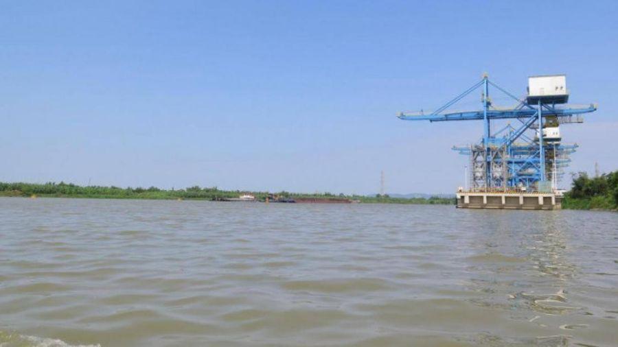 Sông Kinh Thầy hạn chế lưu thông trong 5 ngày