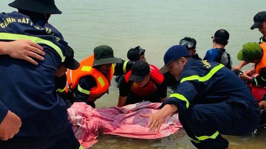 Một phụ nữ tử vong do đuối nước tại hồ sinh thái