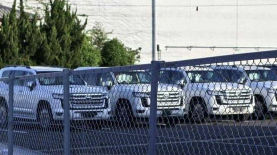 Toyota Land Cruiser hoàn toàn mới bất ngờ lộ diện