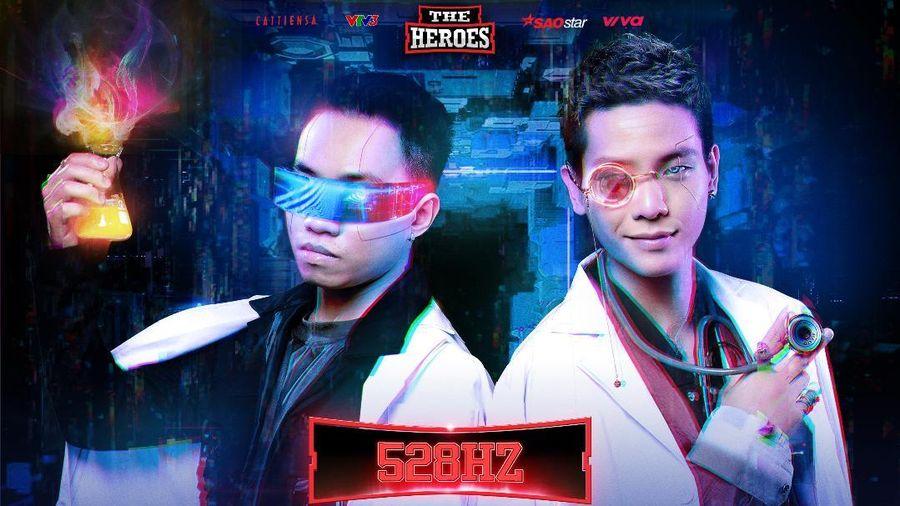 Quân A.P cùng Producer DSmall tung hình tượng 'Bác sĩ đại tài' khiến fan The Heroes 2021 điêu đứng