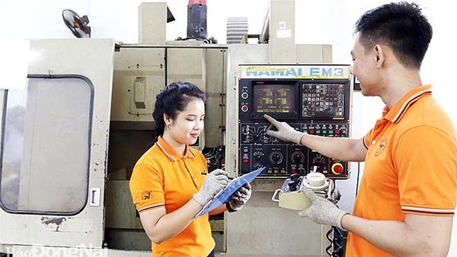 Khan hiếm nữ sinh học khối ngành kỹ thuật