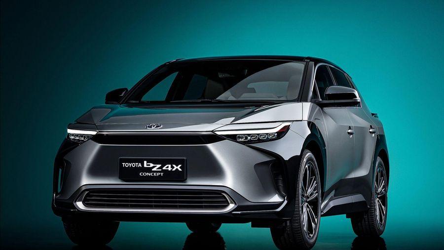 Toyota bZ4X - Chiếc xe điện đầu tiên của hãng xe Nhật