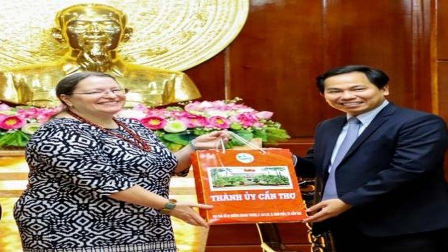 Bà Marie C. Damour muốn hợp tác phát triển nguồn nhân lực của Việt Nam