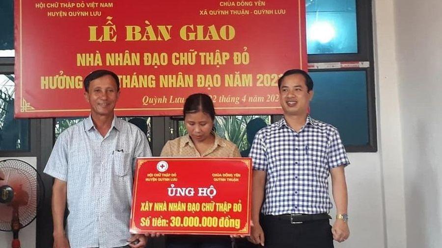Chùa Đông Yên hỗ trợ xây 'Nhà nhân đạo Chữ Thập đỏ'