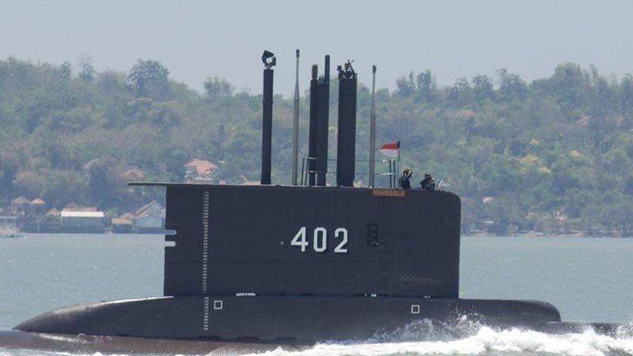 Giải cứu tàu ngầm Indonesia: 16 giờ chạy đua với tử thần