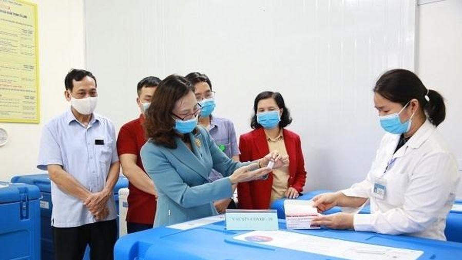 Các địa phương đảm bảo an toàn tiêm chủng vắc-xin COVID-19