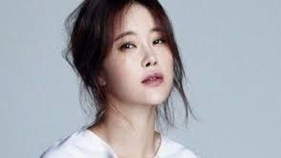 Baek Ji Young kiếm 8,9 triệu USD nhờ một ca khúc