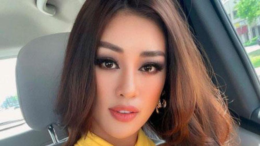 Khánh Vân cập nhật tình hình tại Mỹ dự Miss Universe 2020: Từ thần thái đến body 'nóng bỏng mắt' thế này chắc đối thủ cũng phải dè chừng