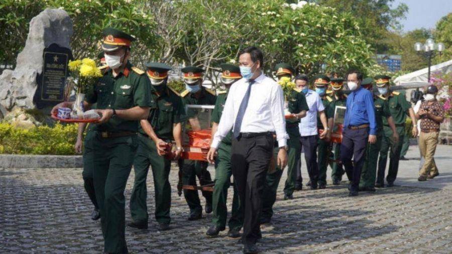 Quảng Trị truy điệu, an táng 24 hài cốt liệt sỹ hy sinh tại Lào