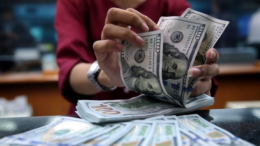 USD chợ đen tiếp tục rớt giá mạnh