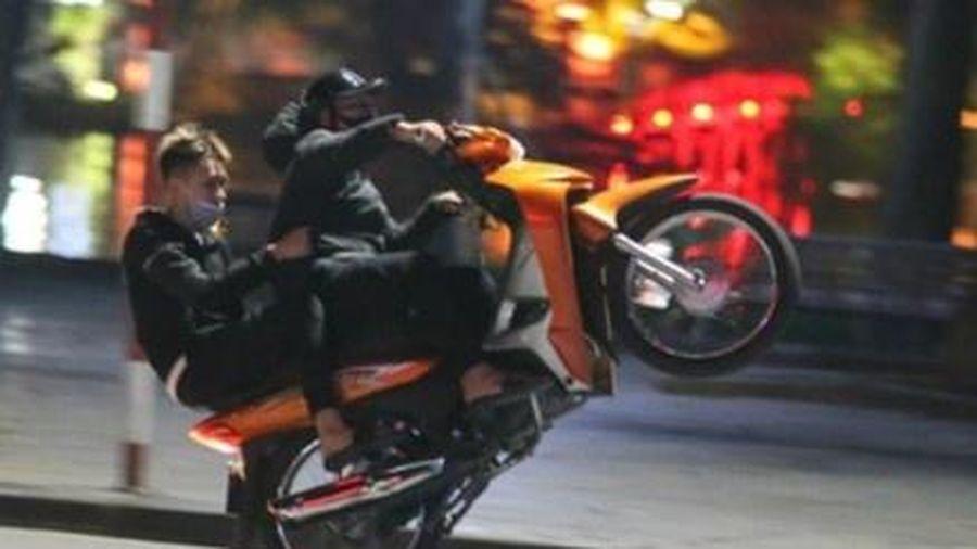 'Quái xế' ở 3 tỉnh lên mạng hẹn nhau đua xe