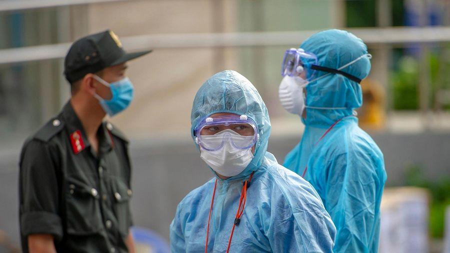 Trưởng khoa Bệnh viện 105 mắc Covid-19 đã tiếp xúc nhiều người
