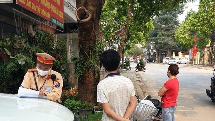 Huyện Thường Tín xử phạt 56 trường hợp không đeo khẩu trang, vi phạm quy định phòng dịch Covid -19