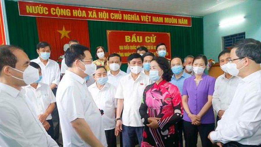 Chủ tịch Quốc hội đánh giá cao cách làm sáng tạo của Tuyên Quang trong chuẩn bị bầu cử
