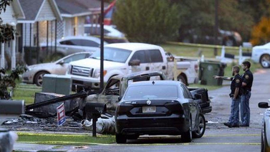 Mỹ: Máy bay nhỏ đâm vào nhà dân, 4 người tử vong