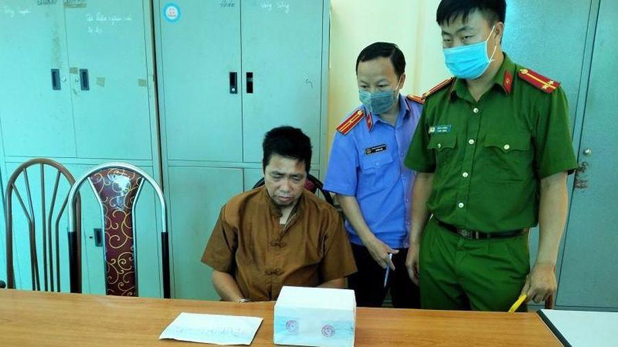 Bắt giữ đối tượng tàng trữ gần 2.200 viên ma túy tổng hợp ở Sơn La