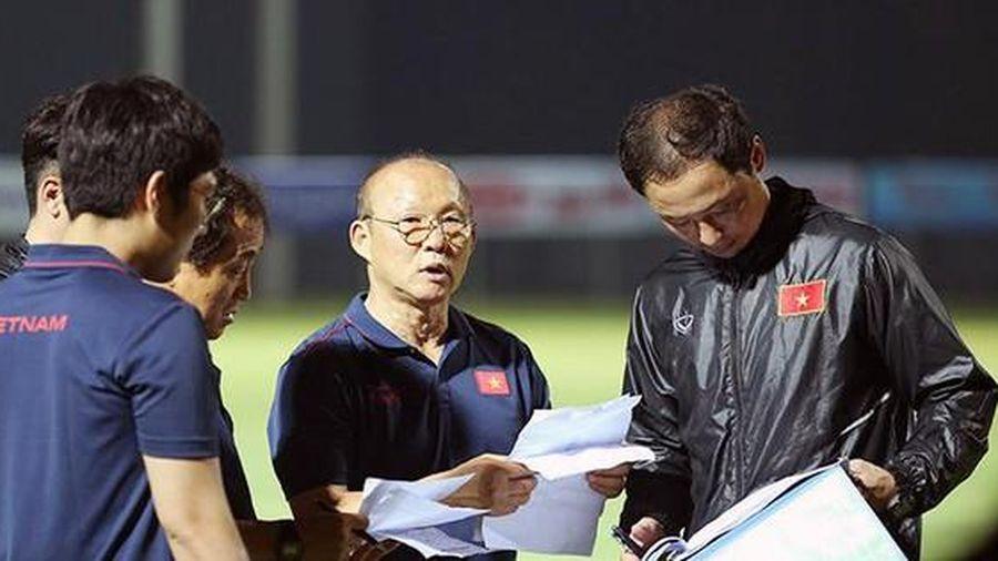 V-League hoãn vòng 13 ảnh hưởng gì đến kế hoạch của ông Park Hang Seo và tuyển Việt Nam?