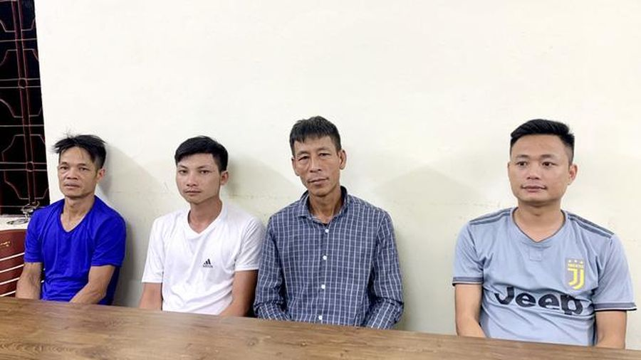 Người Trung Quốc nằm trong cốp ô tô để nhập cảnh trái phép vào Việt Nam