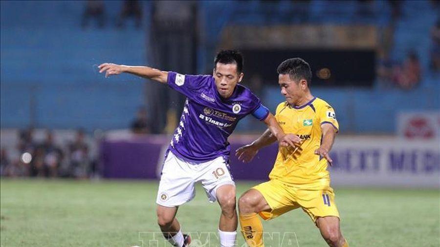 Vòng 13 V-League 2021: Khó lường màn tách tốp
