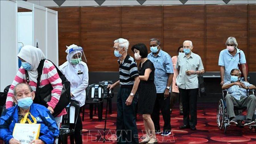Malaysia, Thái Lan hỗ trợ người dân vượt qua đại dịch