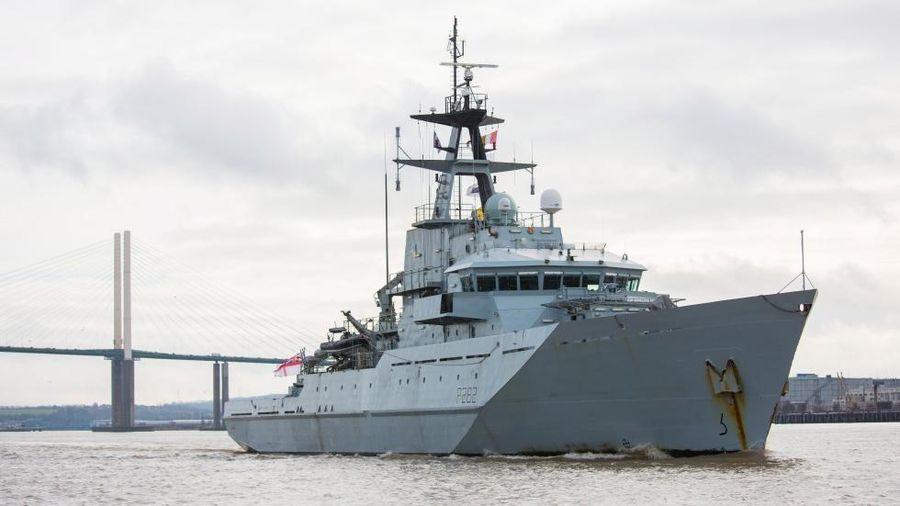 Anh, Pháp điều tàu hải quân và tuần duyên tới vùng biển gần đảo Jersey